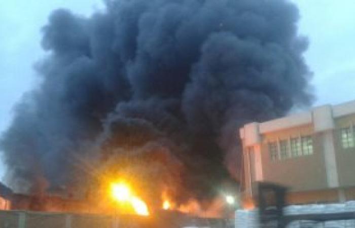 الحماية المدنية تسيطر  على حريق مصنع أقطان القليوبية