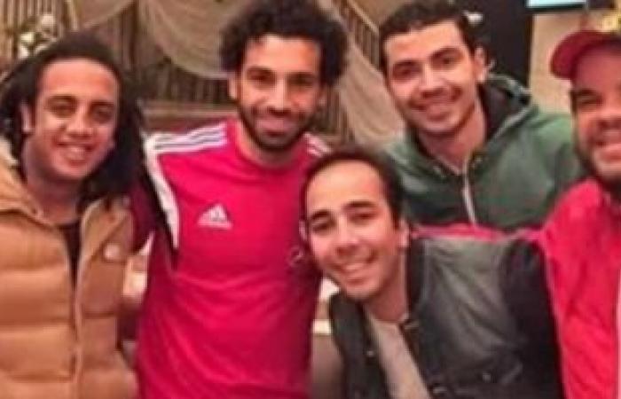 """""""أوس أوس"""" لمحمد صلاح بعد الإصابة: سلامتك يا عالمى"""