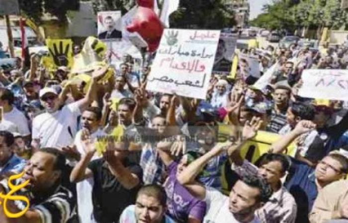 مسيرة لأنصار المعزول من مسجد الشيخ علي يوسف بالسيدة زينب والاهالي ترد عليهم