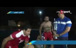 لحظات مجنونة .. لاعبي الأهلي لكرة اليد يقفزون في حمام السباحة بكأس السوبر الإفريقي