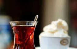 هذا ما يحدث لجسمك إذا تناولت الشاي بعد الفسيخ والرنجة
