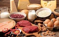 مرض خطير يلزم صاحبه بتقليل تناول منتجات الألبان