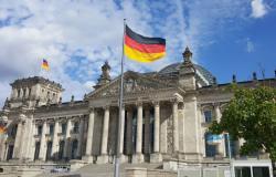 ألمانيا مستمرة في حظر تصدير الأسلحة إلى السعودية