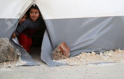 غالبيتهم من الرضع... البرد القارس يقتل 15 طفلا سوريا بمخيم الركبان للنازحين
