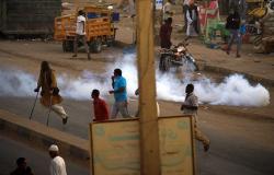 مسيرات في 12 مدينة سودانية... والحزب الحاكم يوجه رسالة عاجلة