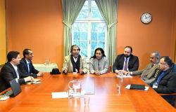 """""""فلترة الزمن""""... رئيس وفد المفاوضات الحكومي اليمني يكشف نتائج مشاورات الأردن"""