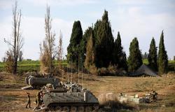 الجرافات الإسرائيلية تقتلع أشجار الزيتون جنوبي الضفة الغربية