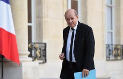 وزير خارجية فرنسا ينتقد قرار ترامب الانسحاب من سوريا