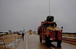 تعزيزات من القوات الخاصة التركية تصل الحدود مع سوريا