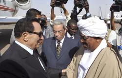 """بعد 24 عاما... الكشف عن تدبير """"البشير"""" لاغتيال حسني مبارك (فيديو)"""