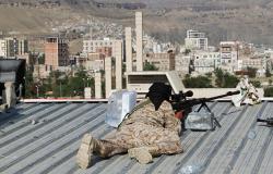 """الجيش اليمني يعلن صد هجوم واسع لـ""""أنصار الله"""" غرب البيضاء"""
