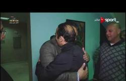 عناق بين سيد عبدالحفيظ وإيهاب جلال عقب فوز الأهلي على المصري
