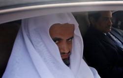 النائب العام السعودي يوجه بالقبض على شاب حرق سيارة في الطائف...(بالفيديو)