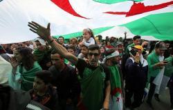 الجزائر... المجتمع المدني يدعو الجيش لحوار صريح وإيجاد حل سياسي توافقي