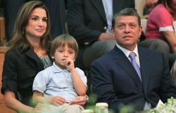فيديو عفوي من داخل منزل العائلة الملكية الأردنية خلال وجبة الإفطار
