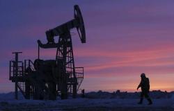 هبوط أسعار النفط مع استمرار الحرب التجارية