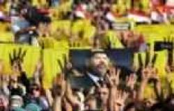 ظهور القيادي الإخواني محمود حلمي المتهم بالتحريض على القتل في مظاهرة بأسيوط