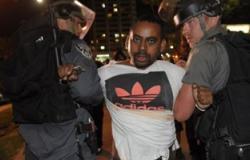 معاريف: اليهود الأثيوبيون يقررون الاعتصام بميدان رابين بعد اعتقال العشرات