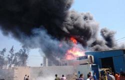 الحماية المدنية تسيطر على حريق فى مصنع للأثاث بدمياط.. وإصابة 10 عمال