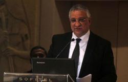 مصادر: أحمد زكى بدر أبلغ 8 محافظين بانتهاء مدة عملهم بمناصبهم