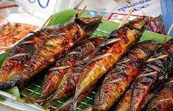 تسمم 19 عاملاً بسبب تناولهم وجبة أسماك فى القنطرة شرق بالإسماعيلية