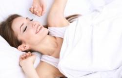 دراسة … النوم على الضوء يضر بالصحة