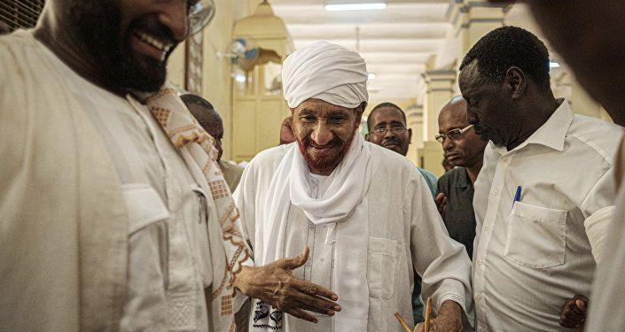 رئيس حزب الأمة السوداني الصادق المهدي
