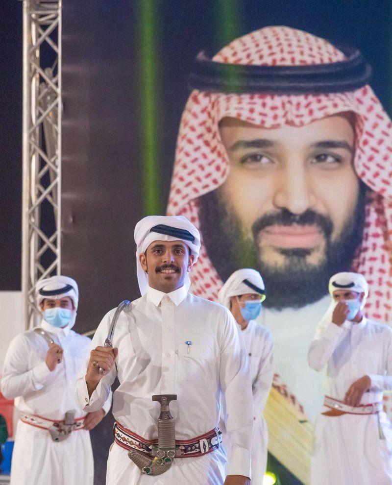 شاهد.. أمين عسير يرعى اختتام مهرجان البر ببللحمر