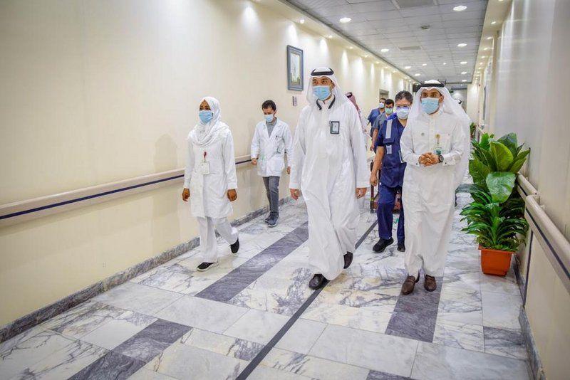 شاهد.. جولة على ممارسي مستشفى المؤسس بمكة تزامنًا مع