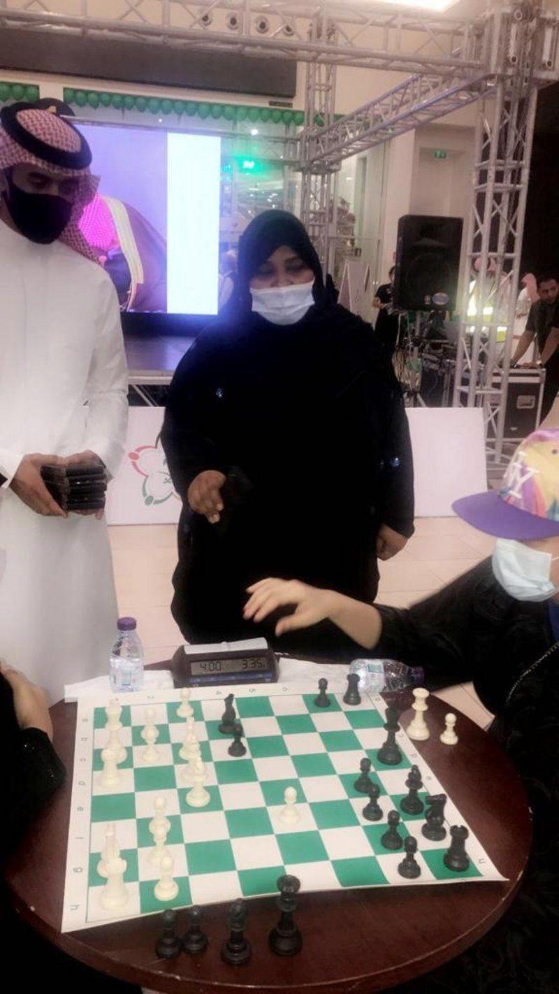 عروض التايكوندو والشطرنج بجدة تضيء سماء الوطن في الذكرى