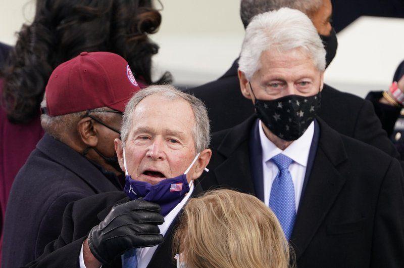 شاهد .. رؤساء أمريكيون سابقون يشاركون في حفل تنصيب