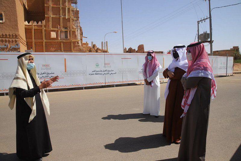 شاهد جولة رئيس الاتحاد السعودي للفروسية في