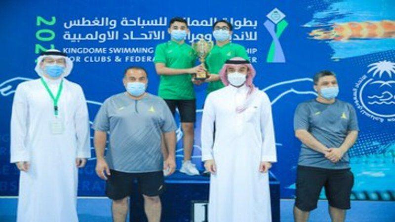 وزير الرياضة يتوج الفائزين ببطولة المملكة للسباحة والغطس