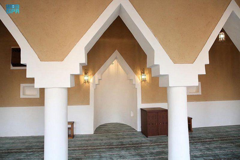 تعرّف على مسجد الزرقاء بثرمداء.. ضمن مشروع ولي العهد لتطوير المساجد التاريخية