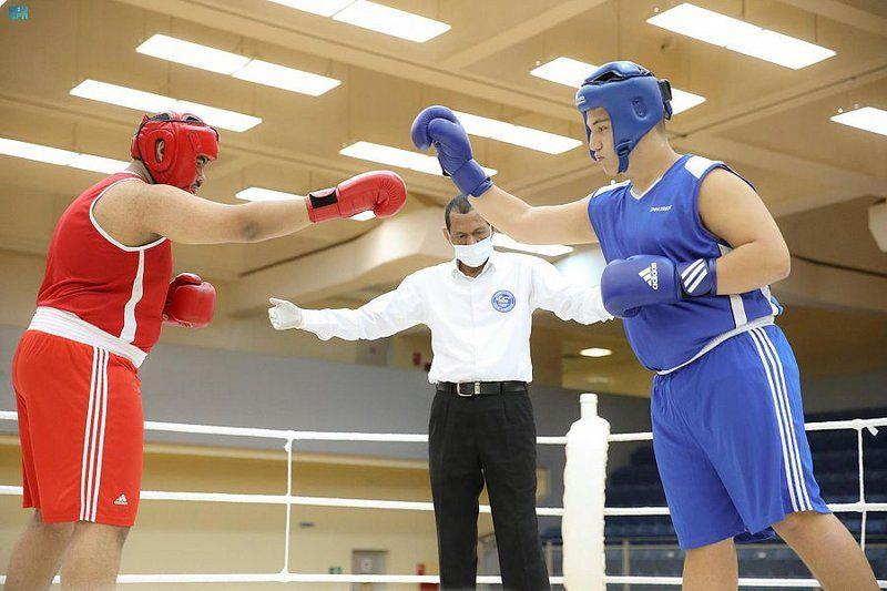 تستمر 4 أيام بمشاركة 55 ملاكماً.. انطلاق بطولة المملكة للملاكمة