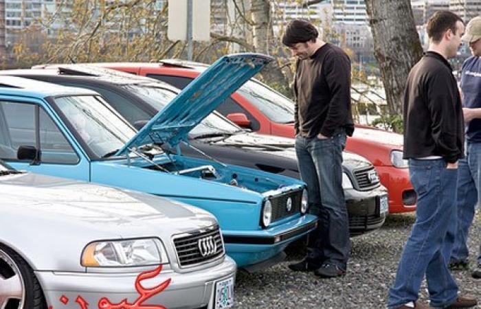 الحكومة تصدر قرارت جديدة بشأن بيع وشراء السيارات المستعملة