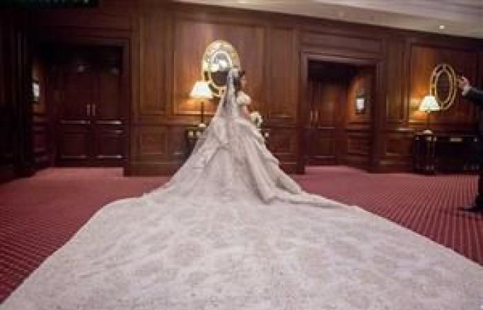 """بالصور- هاني البحيري لـ""""مصراوي"""": وزن فستان زفاف جمانة أبو شقرة """"مفاجأة"""""""