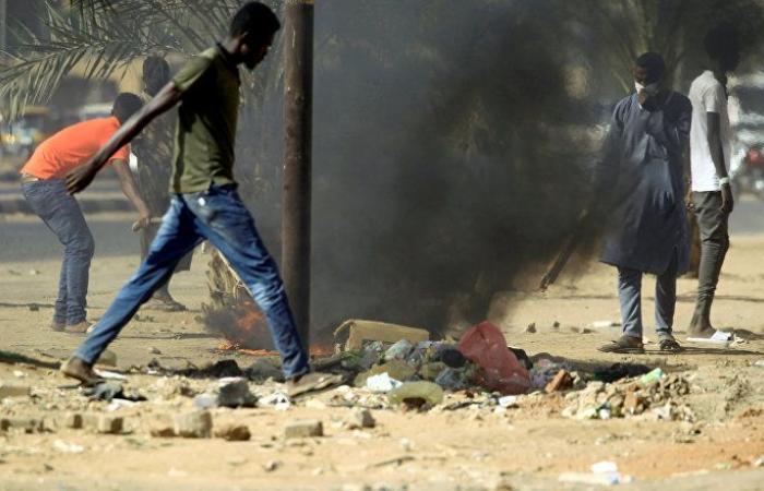 الشرطة السودانية تفرق تظاهرات محدودة في أم درمان