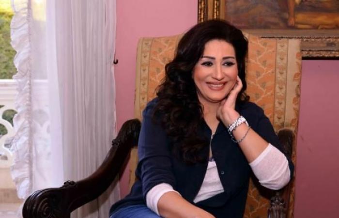 وفاء عامر:«أنا مريضة نفسيًا.. وعاوزة اشتغل مع خالد يوسف»