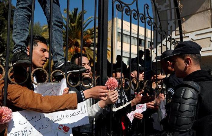 مرشح لرئاسة الجزائر: مصلحة الجزائر فوق أي اعتبار والتصعيد مستمر حتى تراجع بوتفليقة