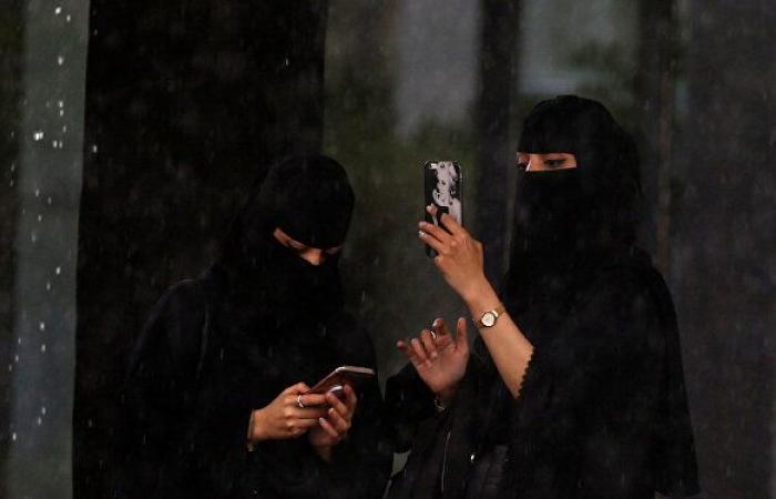السعودية... 75 بلاغا في جدة للتحقيق في جرائم سب وقذف عبر مواقع التواصل
