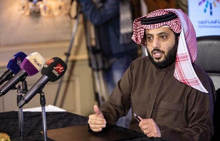 """""""فنجان قهوة"""" يثير جدلا في الخليج... وتركي آل الشيخ والدخيل يكشفان الحقيقة"""