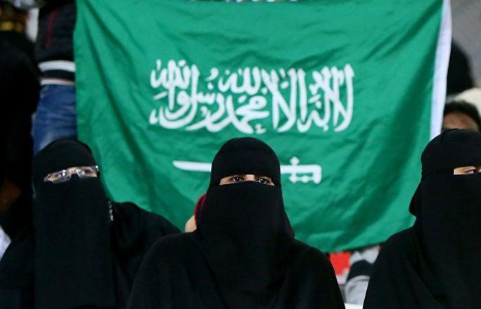 سعوديتان تغادران هونغ كونغ لبلد آخر بعد الحصول على اللجوء