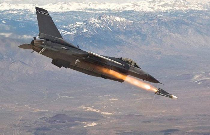"""بقيمة 3.8 مليار دولار... أمريكا توافق على بيع 25 مقاتلة """"إف-16"""" لدولة عربية"""