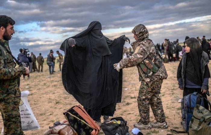 """لماذا شكلت الباغوز السورية الجيب الأخير لـ""""داعش"""" الإرهابي"""