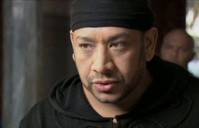 """""""كاريكا"""" يكذب مطربة جزائرية اتهمته بالتحرش: لماذا لم تتحدث طيلة 6 أشهر"""