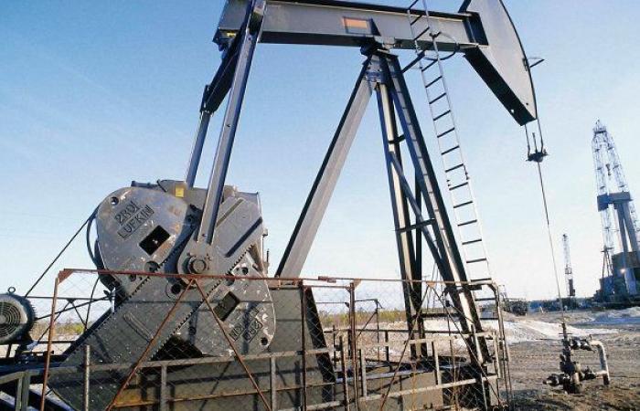 أسعار النفط ترتفع بسبب هبوط صادرات السعودية