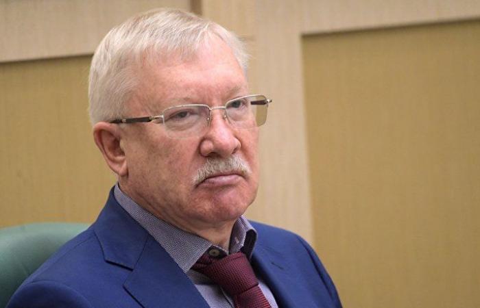 """سيناتور روسي لـ""""سبوتنيك"""": مستعدون للمساعدة في حل أزمة الوقود بسوريا"""