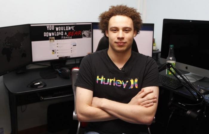 """""""بطل"""" صد هجوم WannaCry العالمي في 2017 يقر…"""
