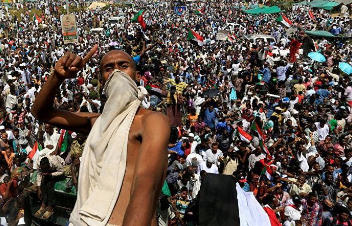قوى إعلان الحرية والتغيير: سيستمر اعتصامنا أمام القيادة العامة للجيش السوداني